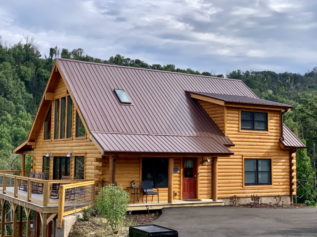 Real Log Home built by Smoky Top Construction in the Great Smoky Mountains.